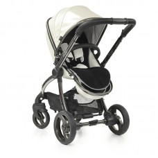 egg Special Edition Stroller in Pearl  *Comes with Luxury Fleece Seat Liner & Changing Bag*